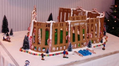 yankee stadium gingerbread house.JPG