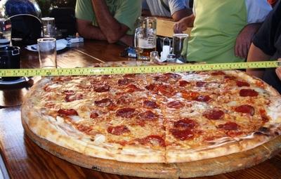 zagreb pizza.JPG